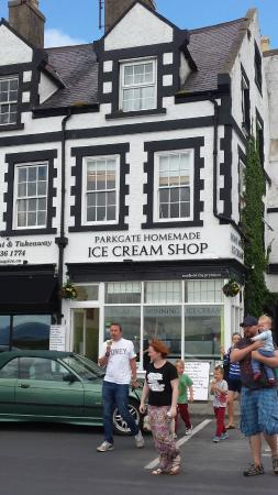 ‪Parkgate Ice Cream‬