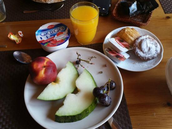 Turisme Rural Mas Ramades: mon petit déjeuner