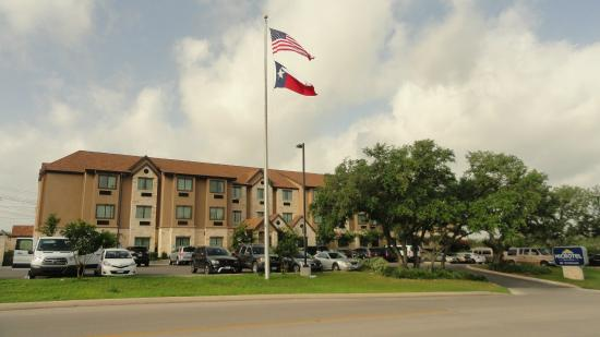 P 20160325 165537 Large Jpg Picture Of Microtel Inn Amp Suites By Wyndham San Antonio By