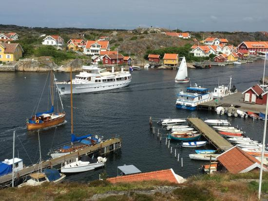 Kyrkesund, Sweden: Magasinet Haron