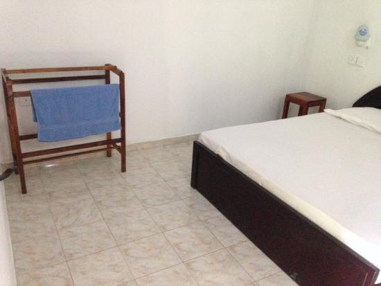 Derana Guest House: rooms