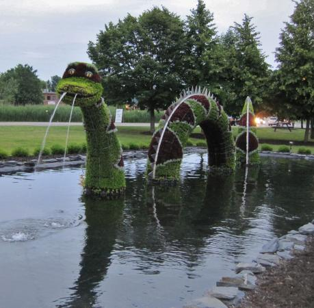 Hotel & Spa Etoile-sur-le-Lac: A bit of whimsy nearby.