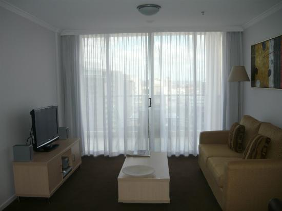 Oaks Lexicon Apartments: гостиная