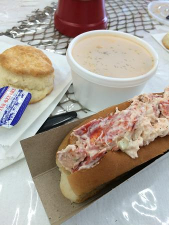Island Favorites: Danielle's lobster chowder and lobster roll