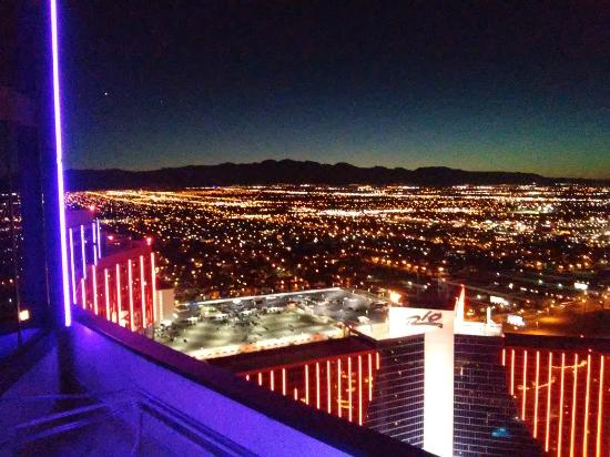 View from the Nightclub on 51st Floor  - Picture of Voodoo