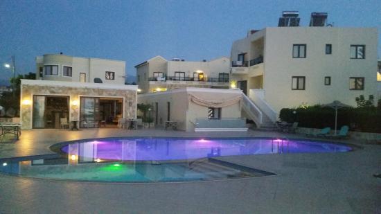 Sandy Suites