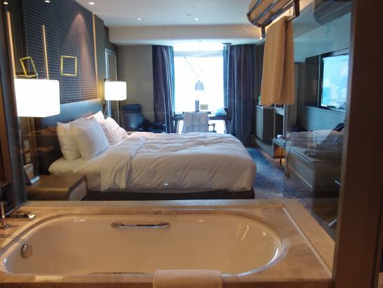 Royal Plaza Hotel: Club Room