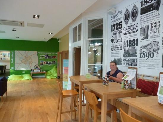 YHA York: free WIFI area / Cafe etc