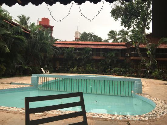 Sea Breeze Beach Hotel Goa