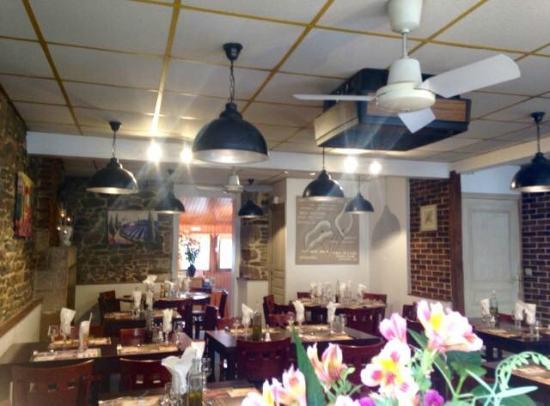 Pre-en-Pail, Francia: notre Restaurant