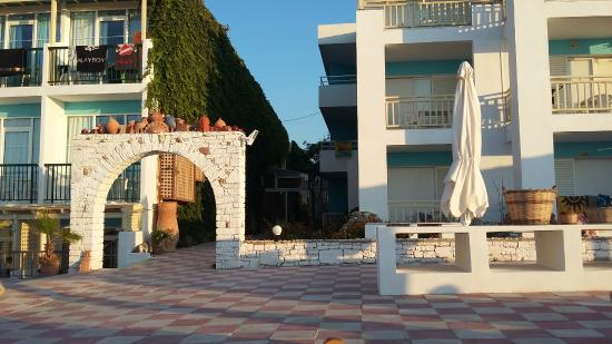 Golden Beach Hotel: taras