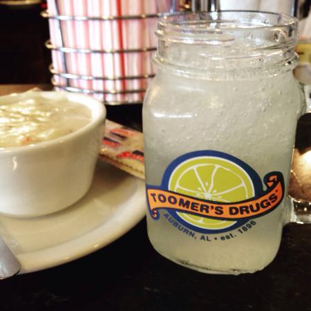 Toomer's Drugs : Famous lemonade and potato bacon soup