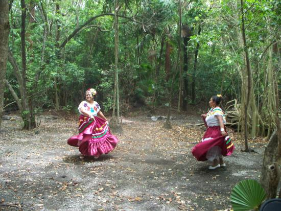 Marco Gonzalez Maya Site: Dancers in Forest