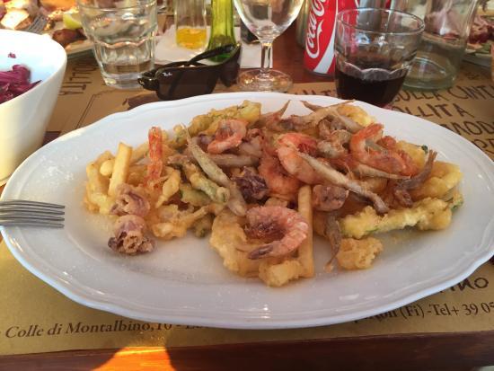 Montespertoli, İtalya: Fantastisk udsigt og mad