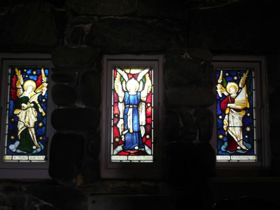 Kennebunkport, ME: stain glass that surrounds the interior