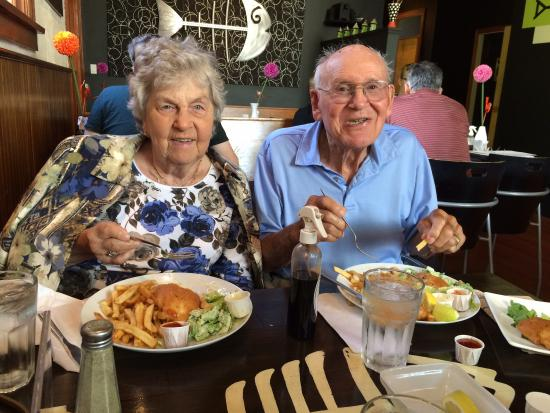 Bare Bones Fish and Chips : Mom and Dad are happy!