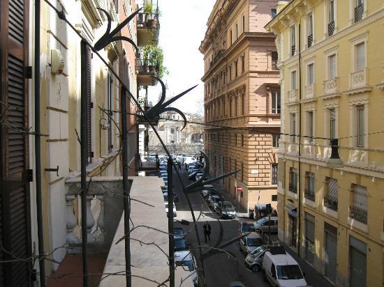 โรงแรมแอนติคควาโรมา: Вид из номера.