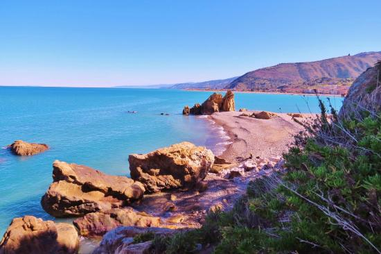 Lampare Beach