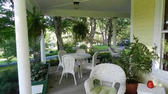 Bellaire, MI: Front porch