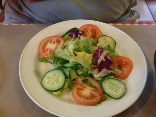 Ibis Tours Sud: fresh salad