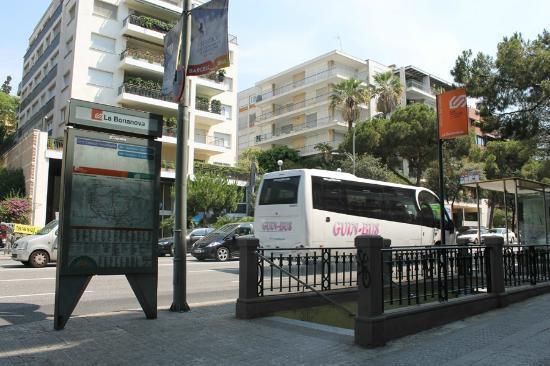 Apartamentos Ganduxer: Metro