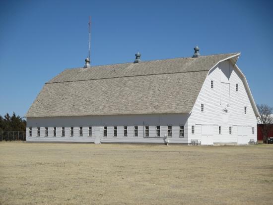 Prairie Museum of Art & History: Largest Barn in Kansas