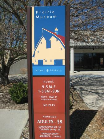 Prairie Museum of Art & History: Museum hours and cost
