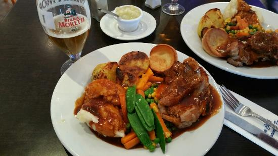 Blue Check: Excellent Sunday Roast!!!