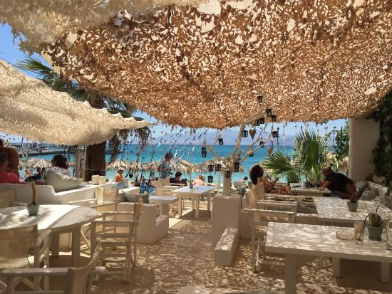 Picture of banana beach bar agia anna for Beach bar ideas