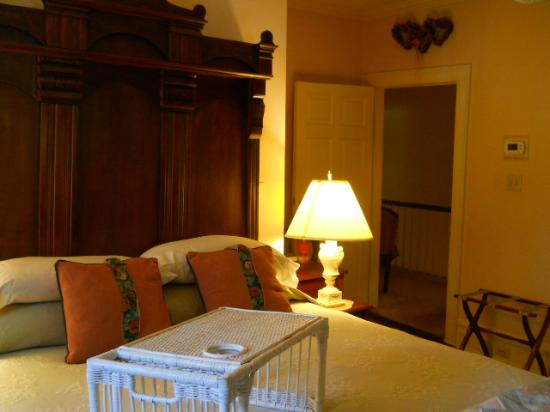 The Inn at Grays Landing: The Sallie Bond Gillam room is at the back of the house so is super quiet