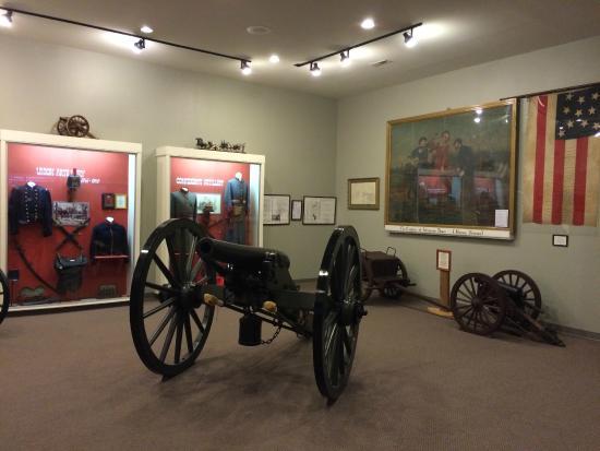 Old Bardstown Village Civil War Museum: Artillery