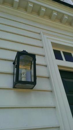 CF (colonial favorite) bulb in front light fixture.