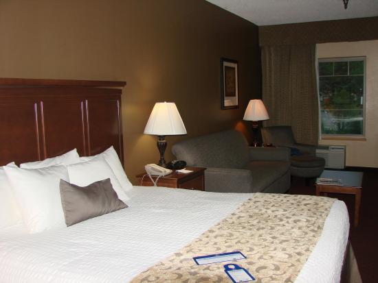 Best Western Golden Lion Hotel: King Bed
