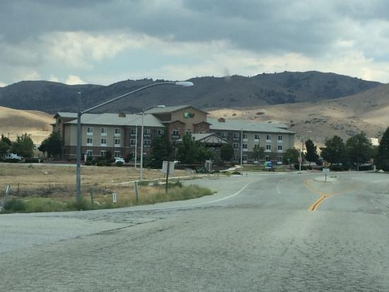 Holiday Inn Express Tehachapi Hwy 58/Mill Street