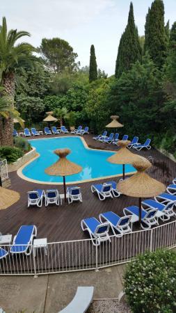 Le Quetzal Hotel : Piscine vu terrasse