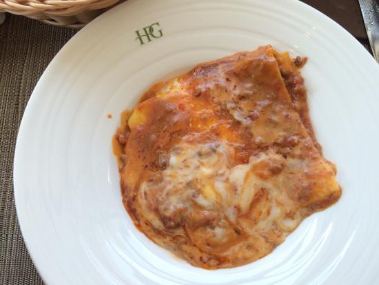 Hotel Parchi del Garda: Lasagna in the hotel restaurant. A shame for Italy