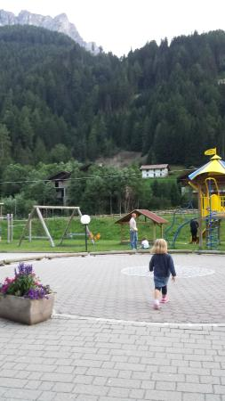 Hotel Alpin: Parco giochi esterno