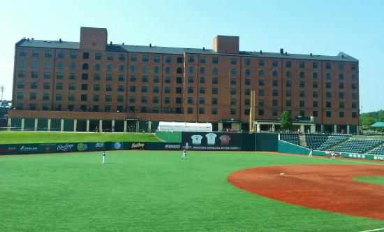 Courtyard Aberdeen At Ripken Stadium Rooms On The Back Side Overlook Field