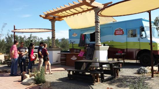 Adobe Food Truck Valle De Guadalupe