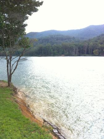Butler, TN: Wautauga Lake 2