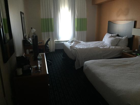Fairfield Inn & Suites Minneapolis Bloomington/Mall of America: Room