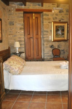 Dorovinis Country Houses: The bedroom.