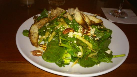 Merchants NY - 7th Ave : dinner salad with grilled chicken