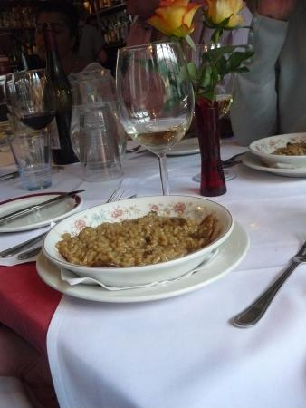 Santini's Restaurant
