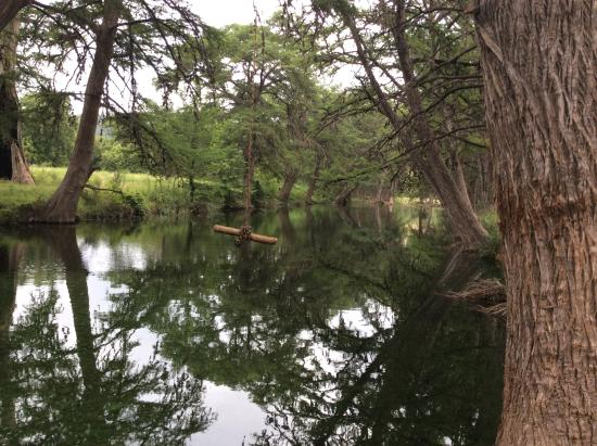 Cypress Frio Waters : Kayaking