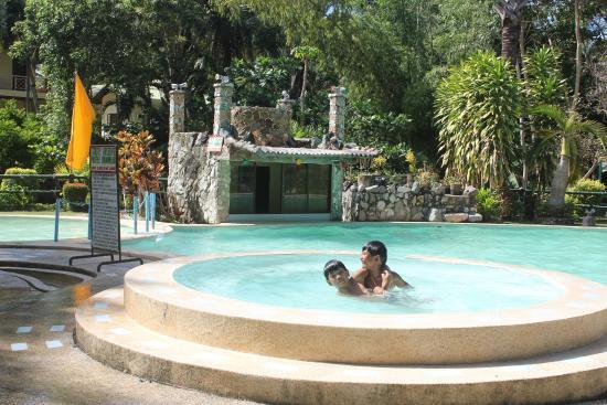 Elegant Beach Resort In San Remigio Cebu