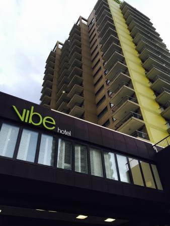 Vibe Hotel Gold Coast: Outside