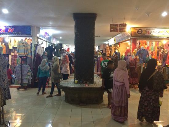 International Batik Center - Picture of International Batik Center ... 0b0f6688d5