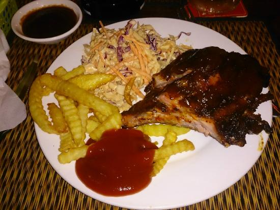 Lone Star Saloon: Best BBQ ribs in town!