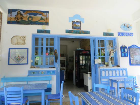 la Gorgona: die Taverne